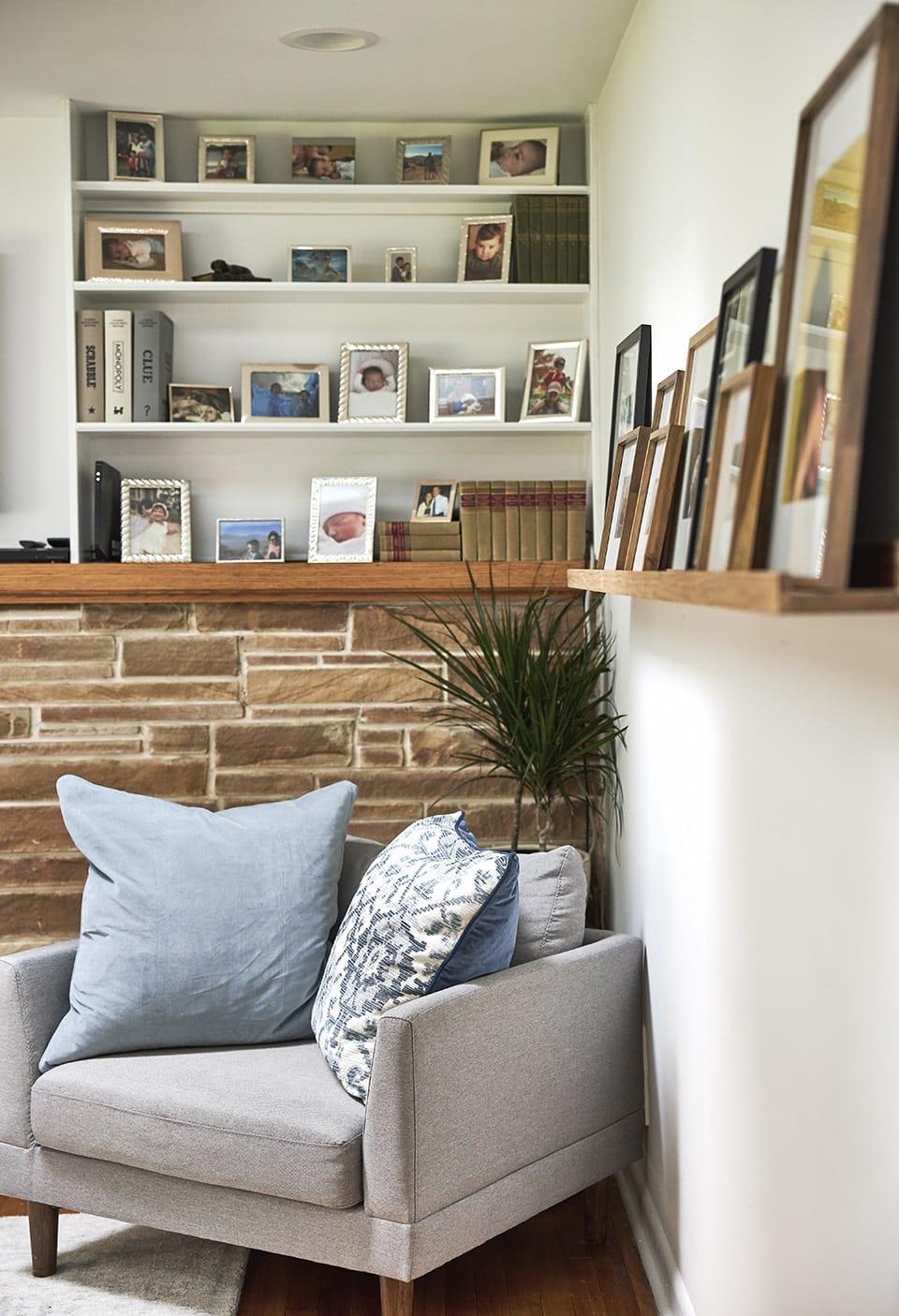 Family-photos-living-room-feat.jpg#asset:4153