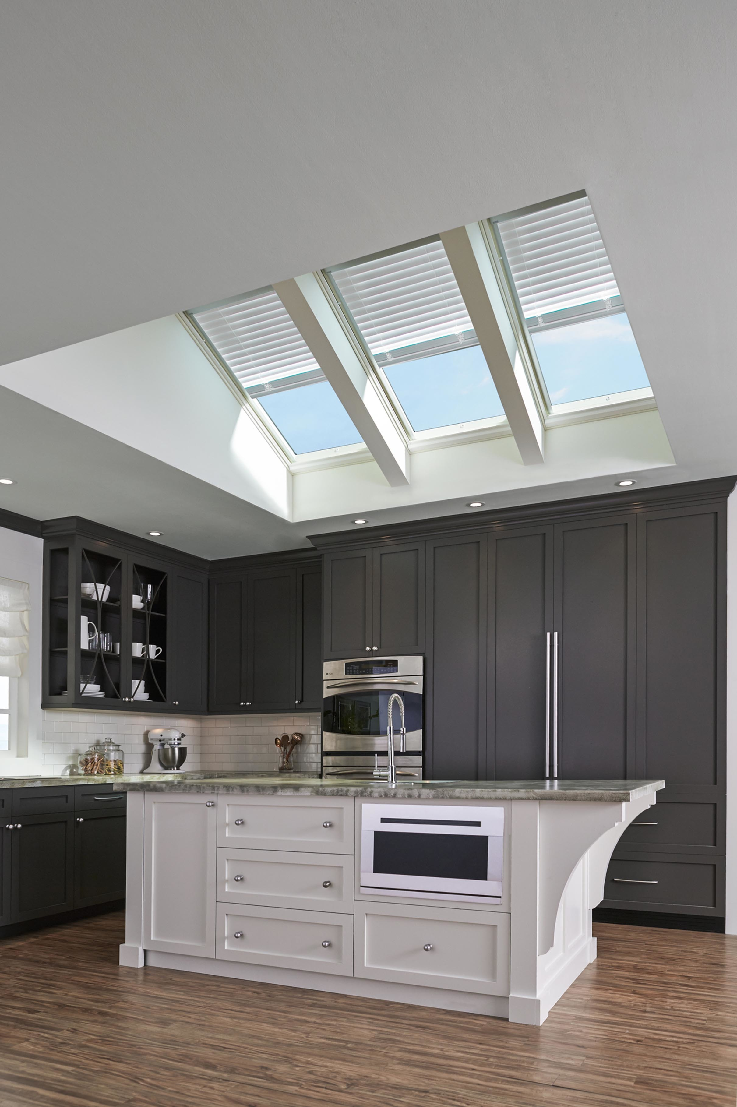 Kitchen skylights with venetian blinds