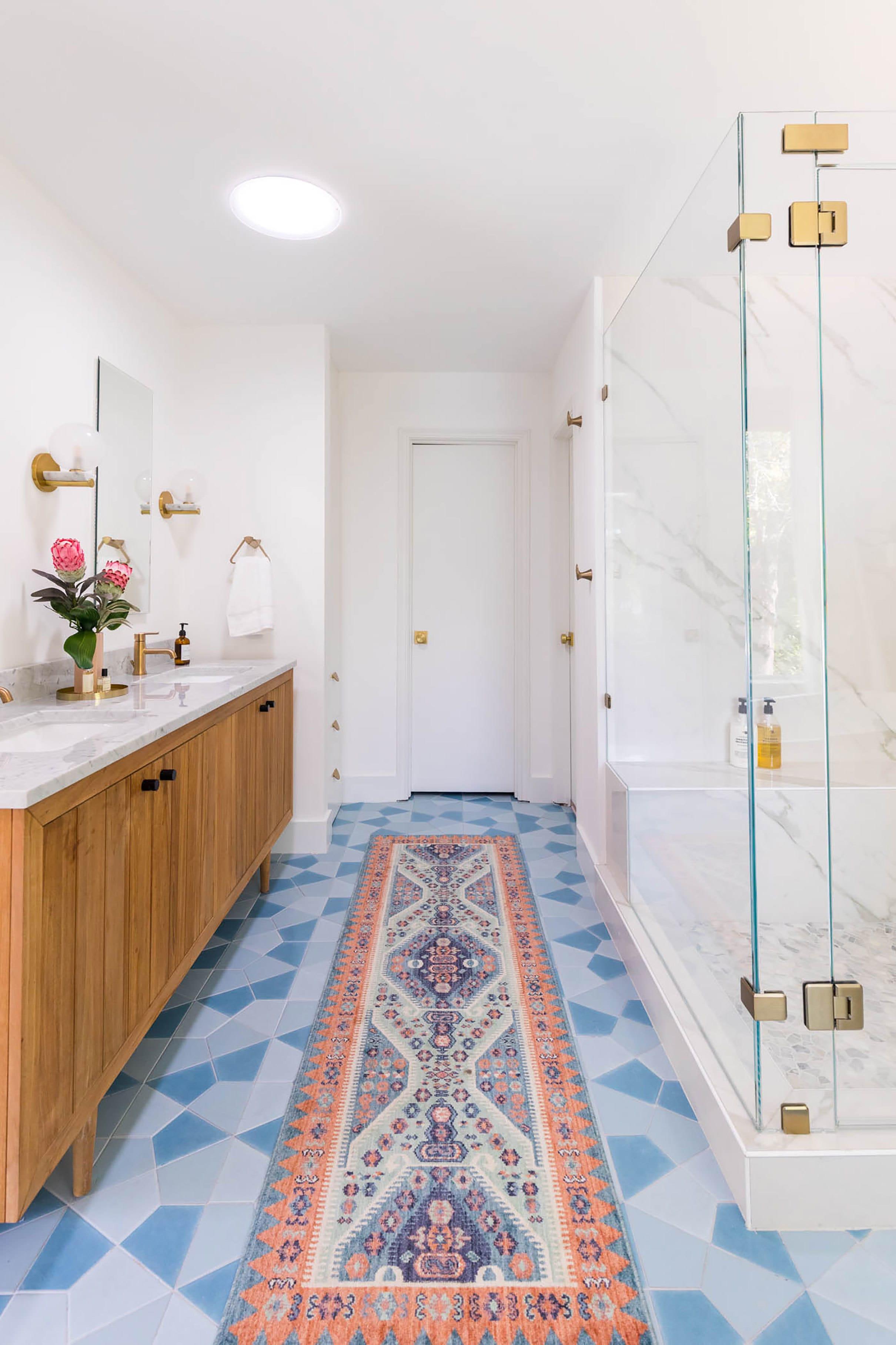 Master Bathroom 4 2420w