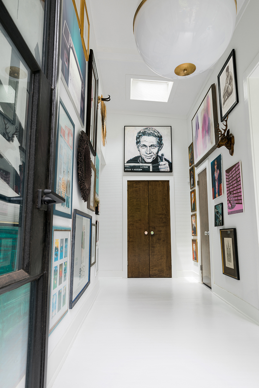 Art gallery foyer
