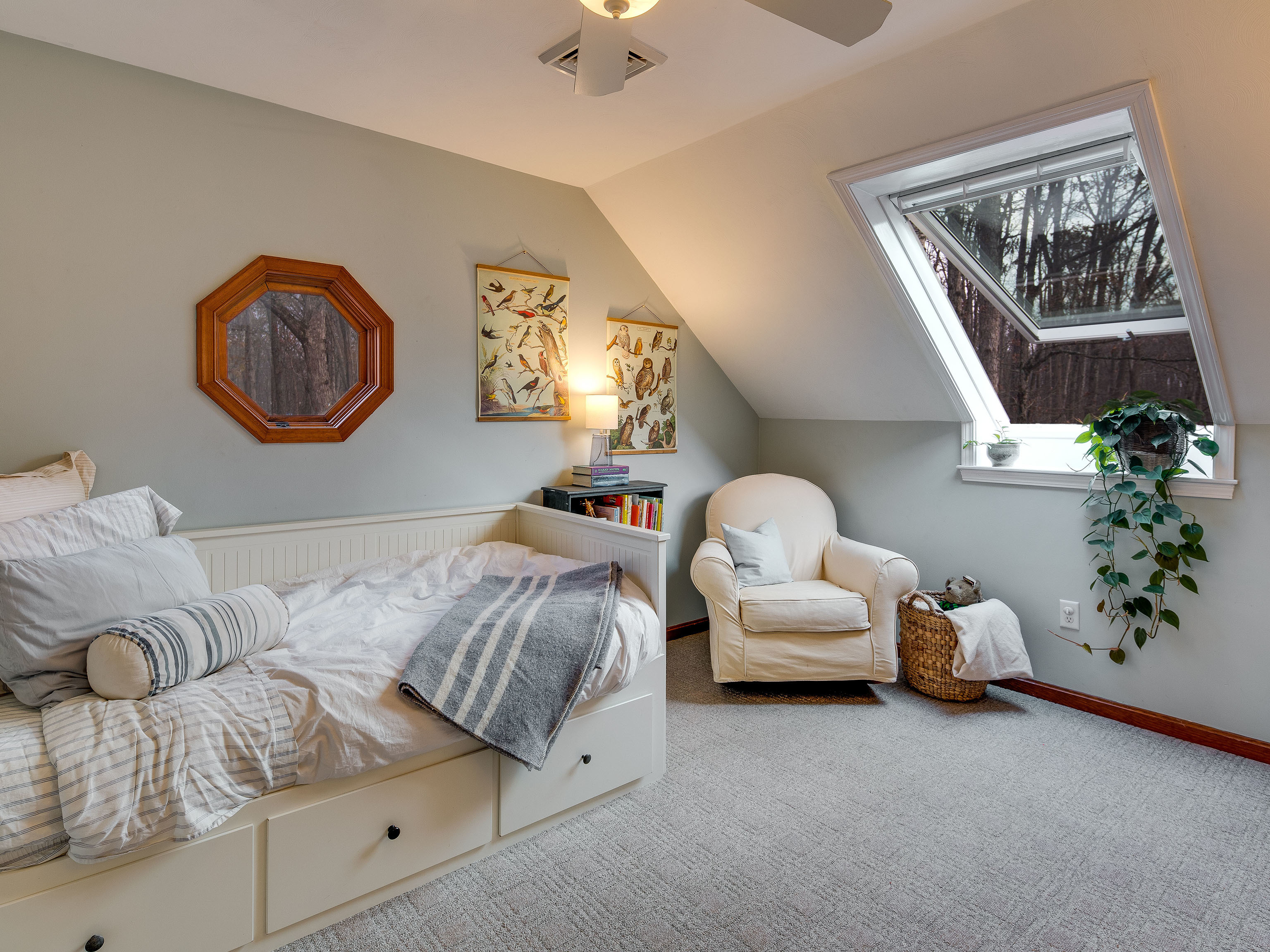 Attic-bedroom-roof-window-beauty-feat.jpg#asset:4421