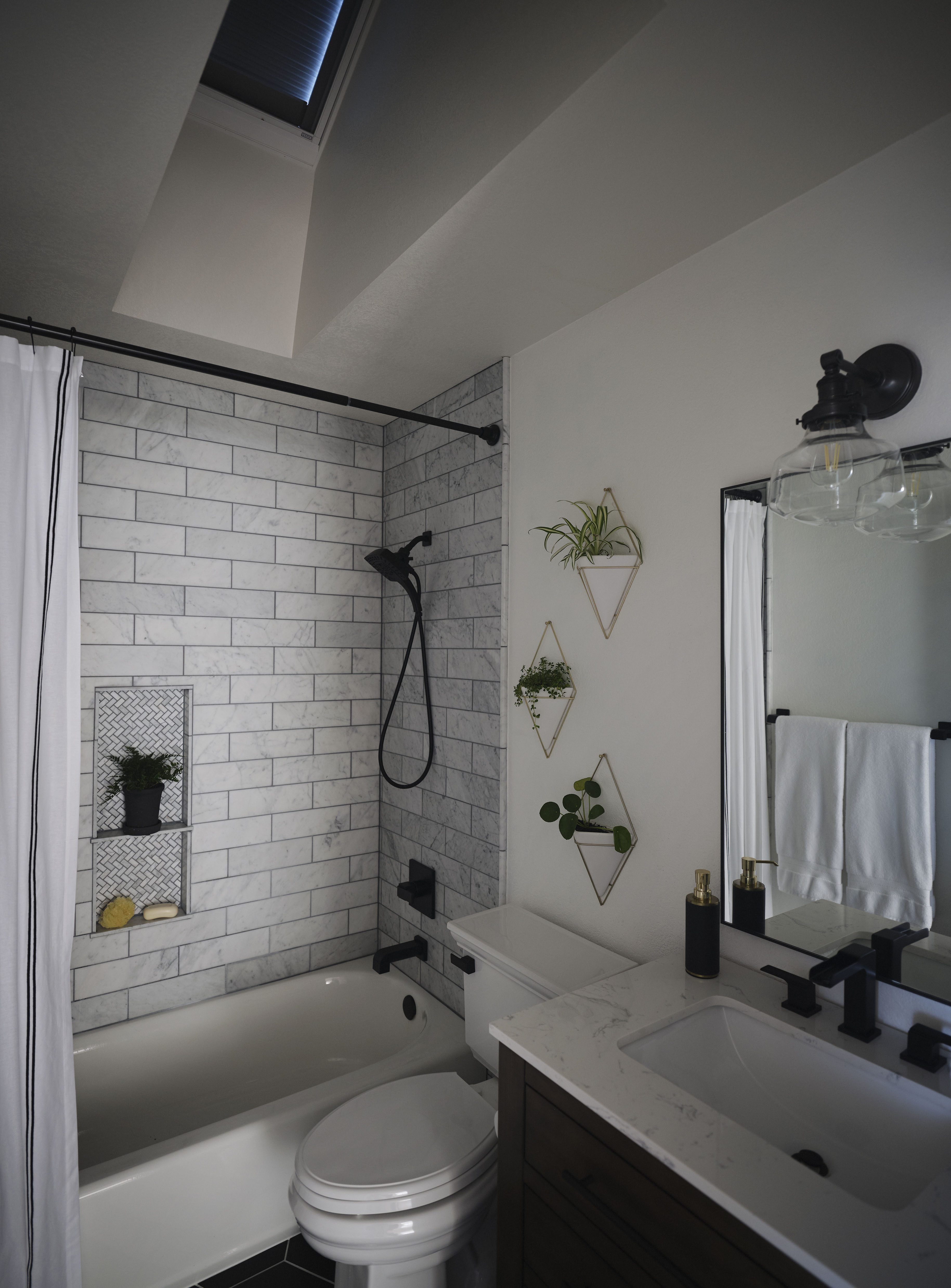 Design Solutions For Small Dark Bathrooms