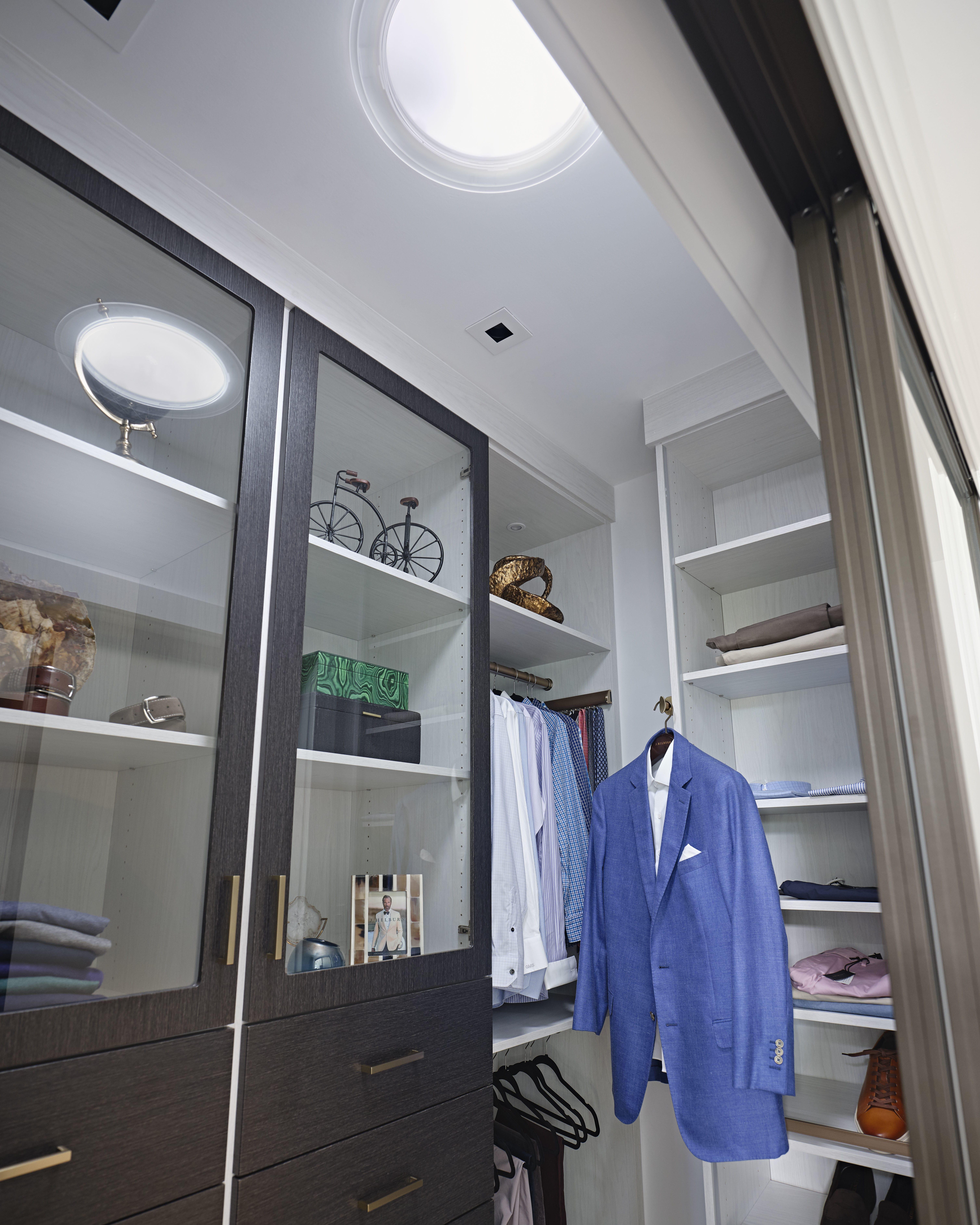 Closet-sun-tunnel-blue-blazer.jpg#asset:4428