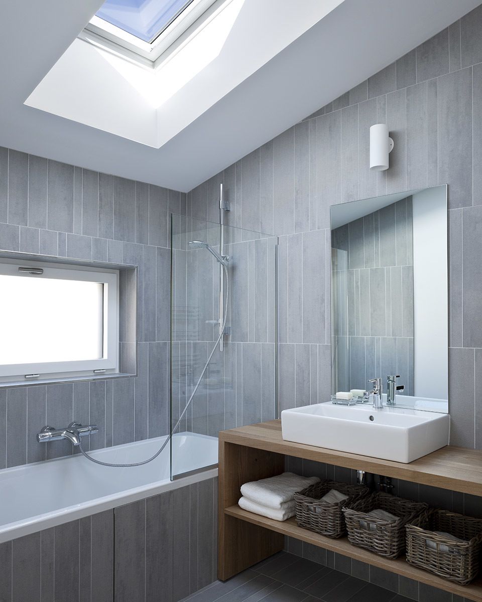 Grey-tile-bathroom-feature.jpg#asset:2669