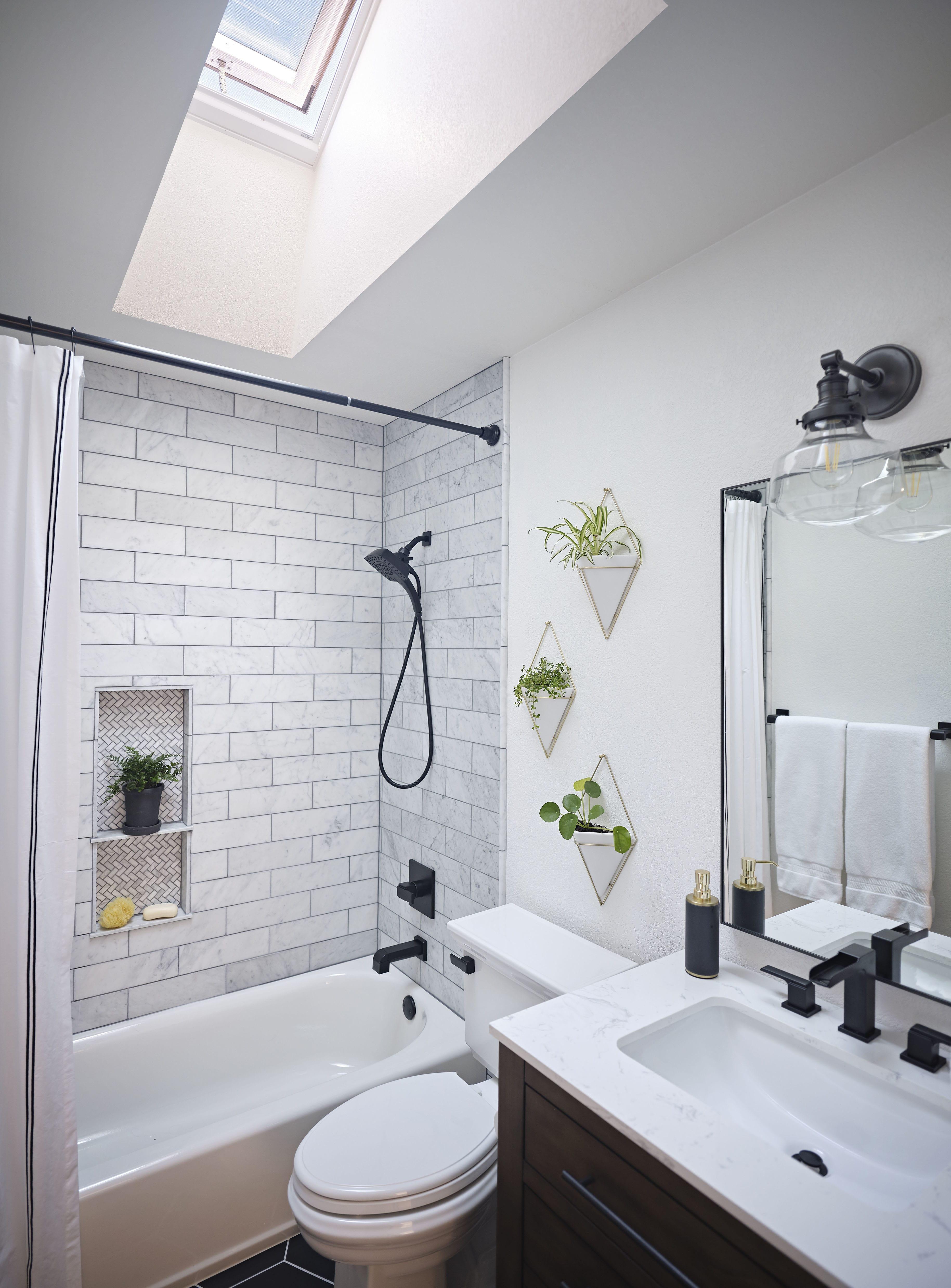 black-and-white-skylight-bathroom-feat.jpg#asset:4484