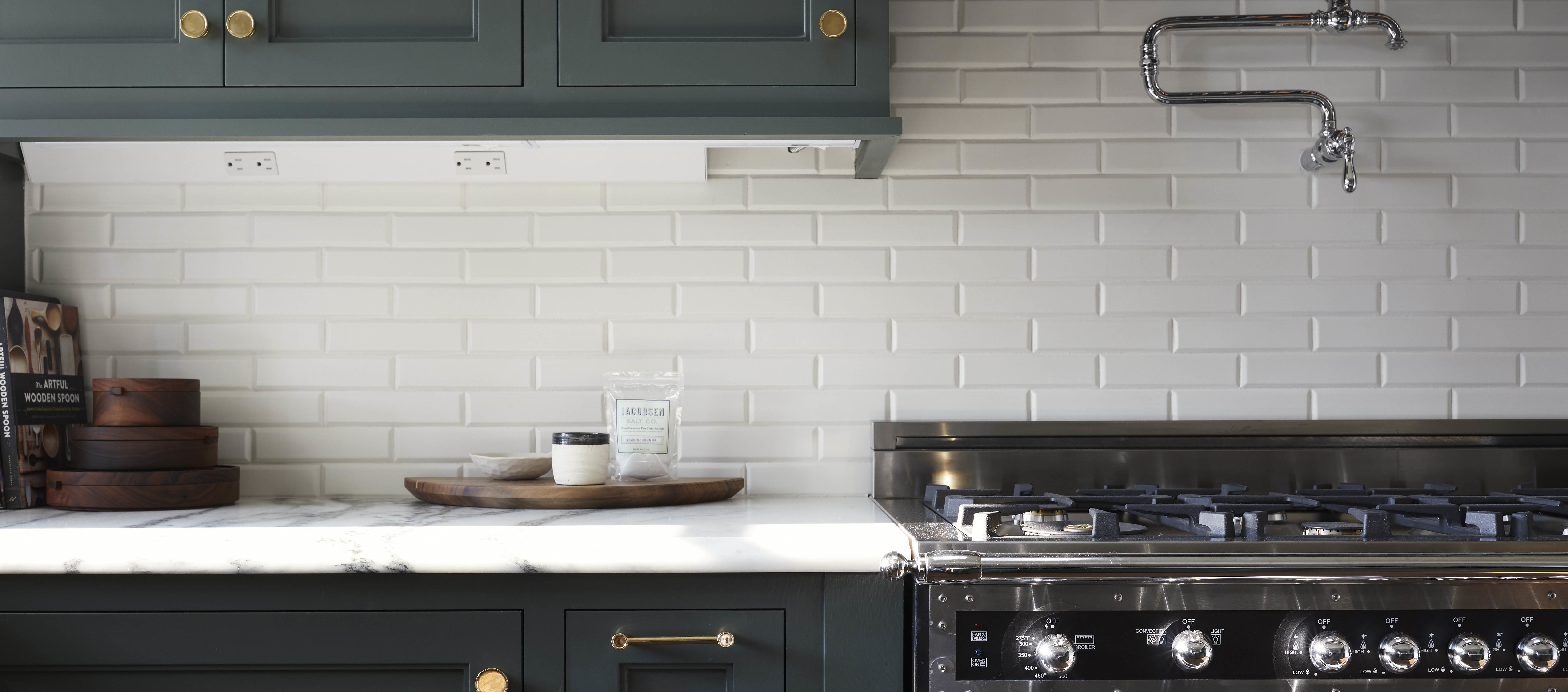 Tips For Using Unexpected Colors In The Kitchen